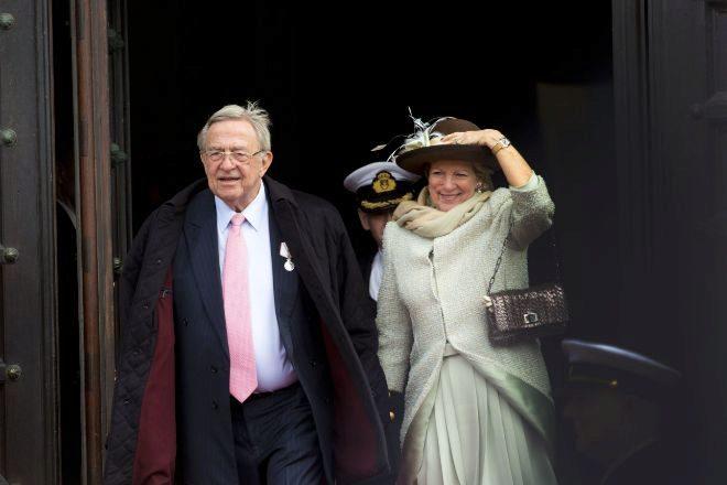 Se cumplen 50 años del largo destierro de la familia real griega ...