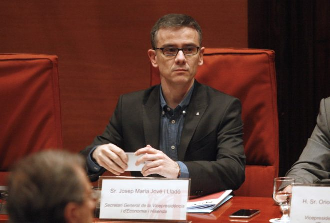 Josep Maria Jové, en 2016 en la comisión del Parlament.