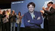 Carles Puigdemont, aplaudido tras su intervención por...