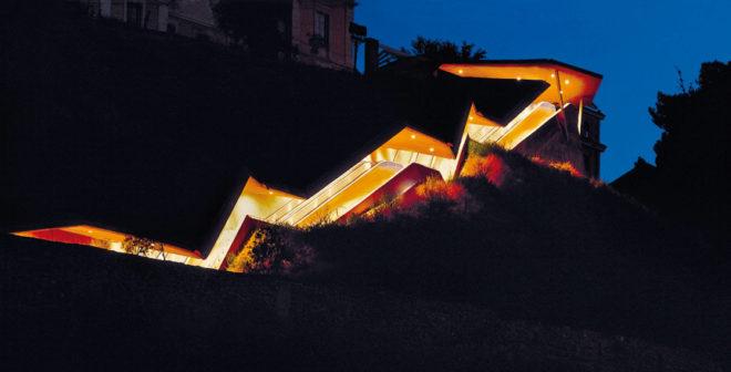 La arquitectura racional y mediterr nea de mart nez lape a for Escaleras toledo