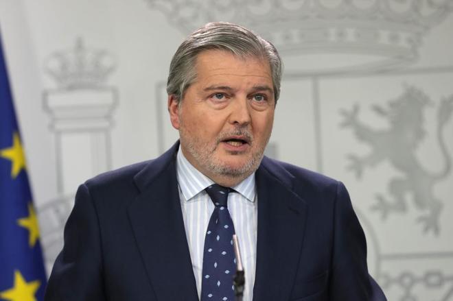 Íñigo Méndez de Vigo, en rueda de prensa tras el Consejo de...