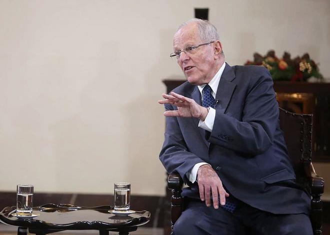 El presidente de Perú, Pedro Pablo Kuczynski, habla  durante una rueda de prensa.