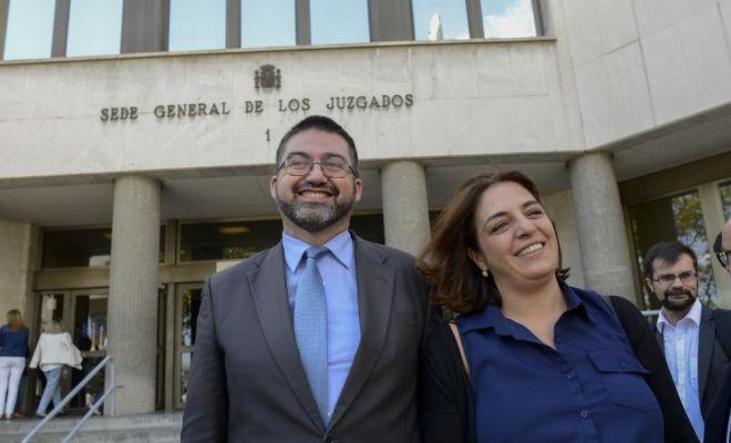 Los concejales Sánchez Mato y Mayer, tras declarar como imputados por el Open Madrid.