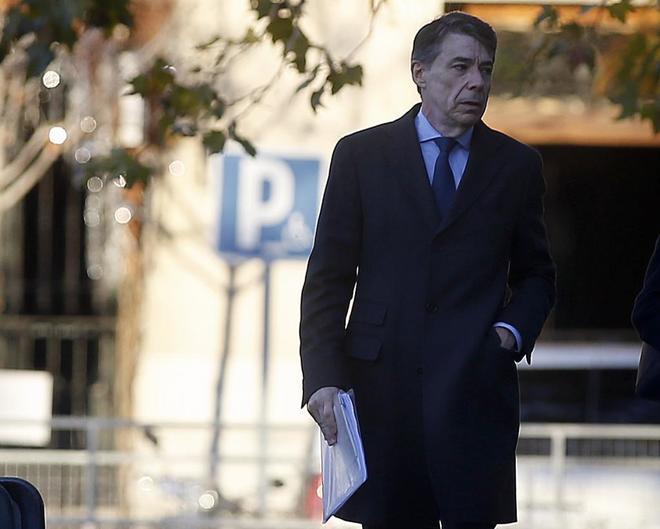 Ignacio González, a su llegada a la Audiencia Nacional para declarar.