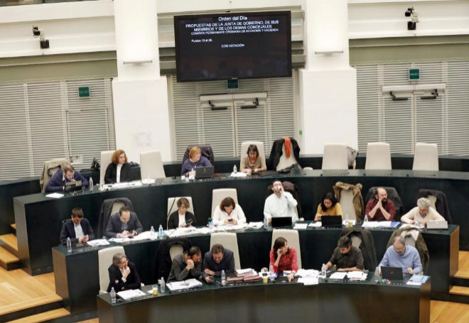Pleno del ayuntamiento de Madrid presidido por la Alcaldesa Manuela Carmena.