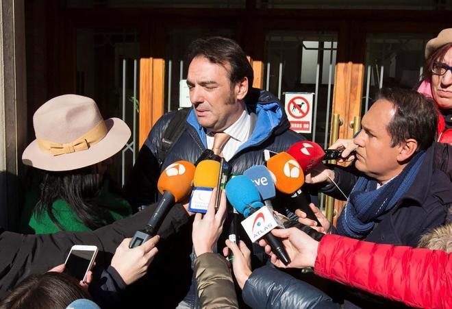 El abogado de la denunciante, Fernando García Puertas, tras las declaraciones del viernes.