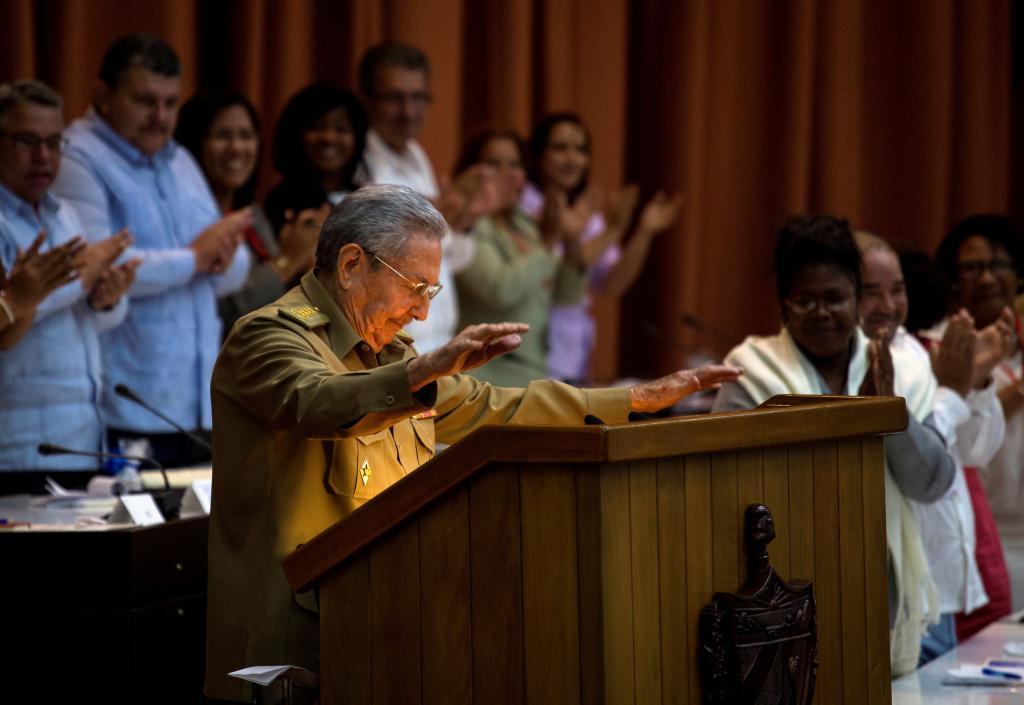 "Raúl Castro entona ""Despacito"""