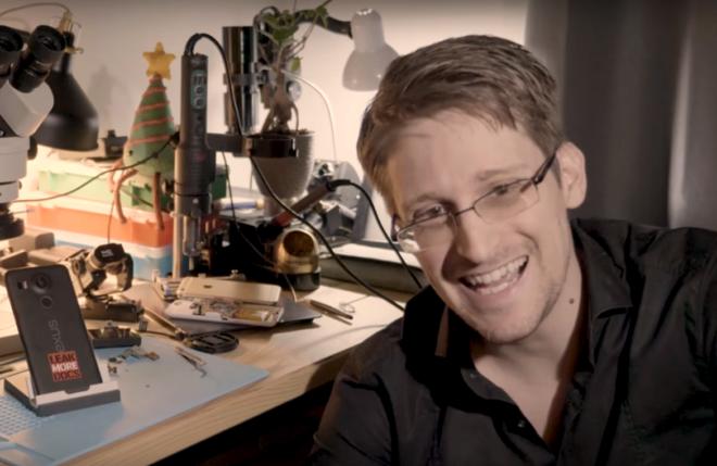 Eduard Snowden durante la presentación de su nueva aplicación, Heaven.