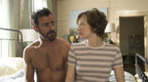 Justin Theroux y Carrie Coon en 'The Leftovers'.