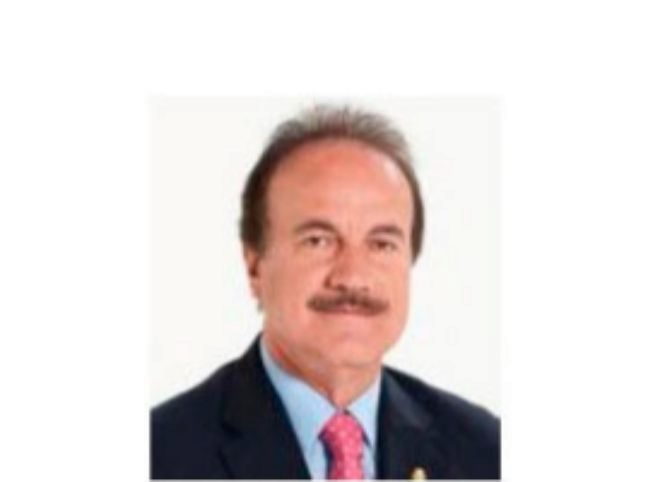 El alcalde de la localidad canaria de Figar, Manuel Báez