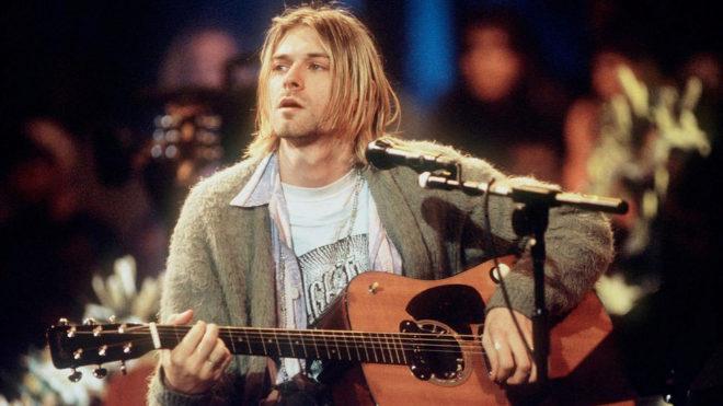 Kurt Cobain en una actuación de 'MTV Unplugged'.