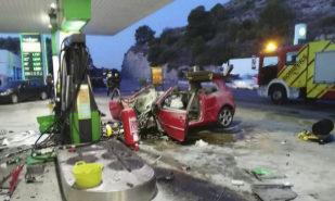 Estado en que quedó el vehículo que estrelló el asesino de Andrea...