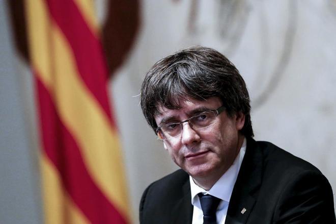 Esquerra y la CUP elevan la presión sobre Puigdemont