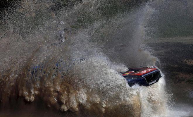 La última bala de Loeb en el Dakar: