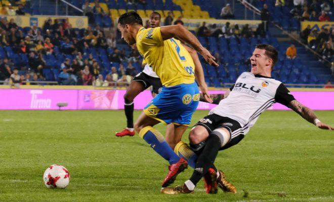 Rodrigo evita un mal trago al Valencia