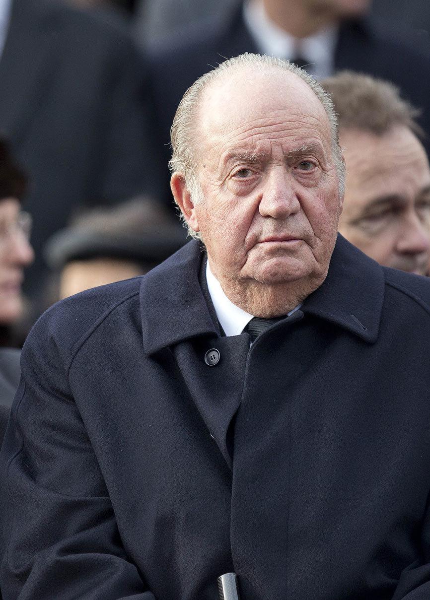 Don Juan Carlos celebrará hoy un gran almuerzo en el palacio de la...
