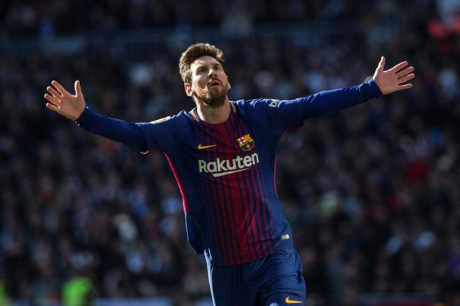 Messi fuming as Barcelona look to replace star with Danish hitman