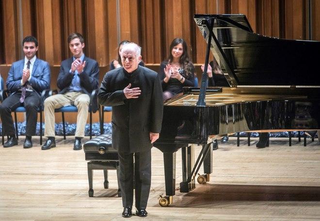 ESPAÑA / OVIEDO: Barenboim y la modernidad de Debussy