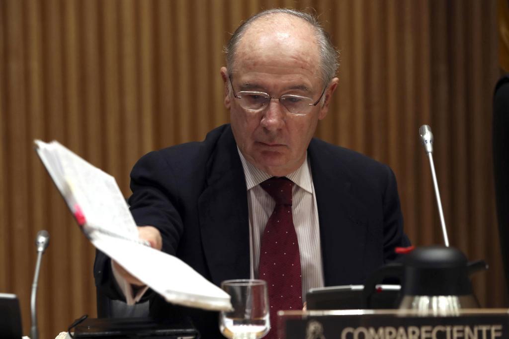 El ex vicepresidente y ex ministro de Economía Rodrigo Rato, momentos antes de su comparecencia en la Comisión de investigación de la crisis financiera y rescate bancario del Congreso de los Diputados.