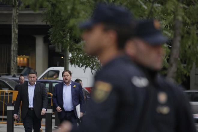 Oriol Junqueras entrando el pasado mes de noviembre en la Audiencia...