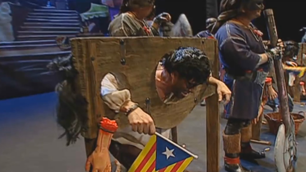 "Polémica por la letra de una chirigota de Cádiz que duda entre ""pelar a Puigdemont o cortarle la cabeza"""