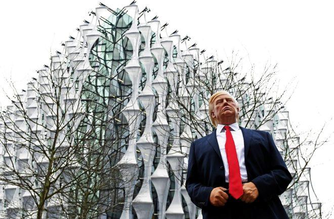 Las razones de Donald Trump para no inaugurar la fortaleza sobre el Támesis
