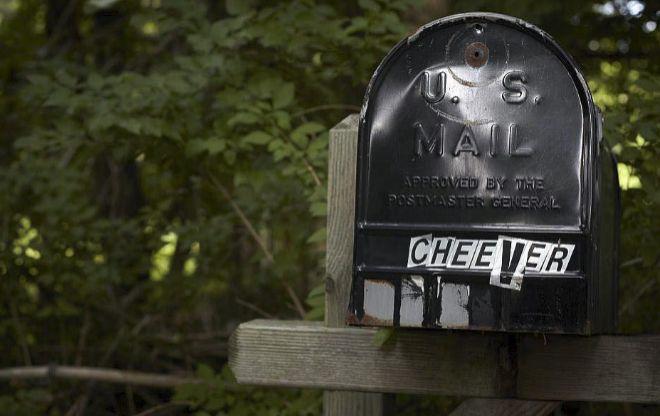 Las cartas atormentadas de John Cheever: alcoholismo, bisexualidad y falta de confianza