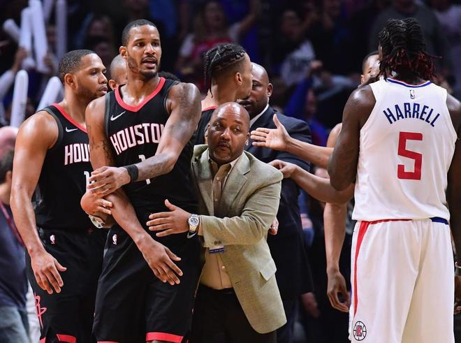 Los Rockets buscaron pelea con los Clippers... por un túnel secreto del Staples Center