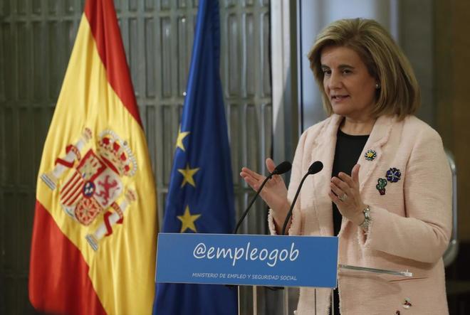 La ministra de Empleo y Seguridad Social, Fátima Báñez, en un acto.