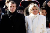 La peculiar historia de amor entre Emmanuel Macron y su esposa...