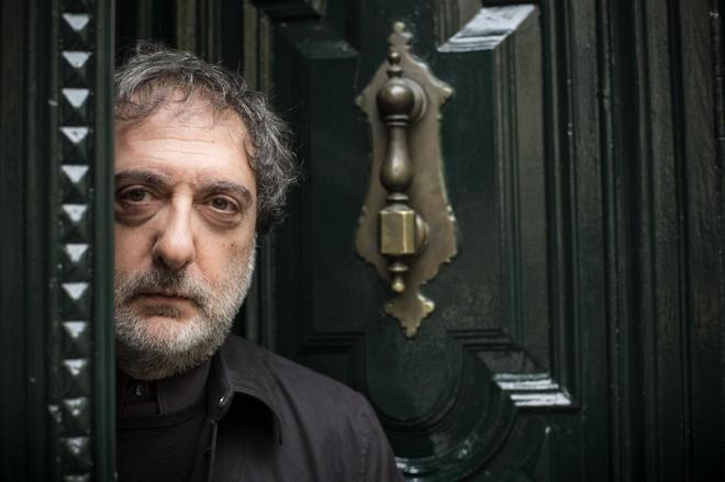Javier Olivares.