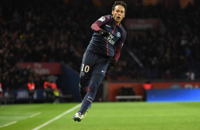 Neymar festeja su tercer gol, el 6-0 ante el Dijon en París.