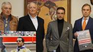 Ponce apoya el monumento a Fandiño en Bilbao y la iniciativa del Cocherito
