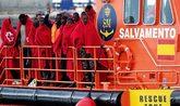 Llegada de un centenar de inmigrantes rescatado en el mar de Alborán...