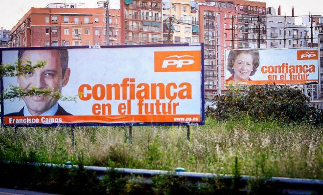 Dos vallas publicitarias de las candidaturas de Camps y Barberá en las elecciones de 2007.