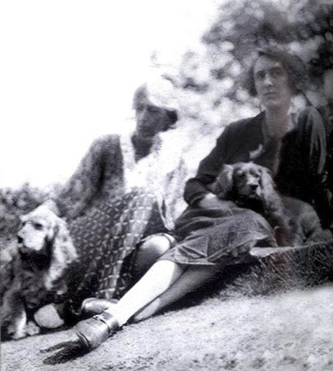 Imagen de Virgina Woolf y Vita Sacville-West durante sus años de...