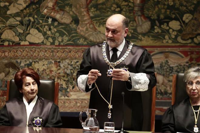 Francisco Pérez de los Cobos, durante una toma de posesión en 2017...