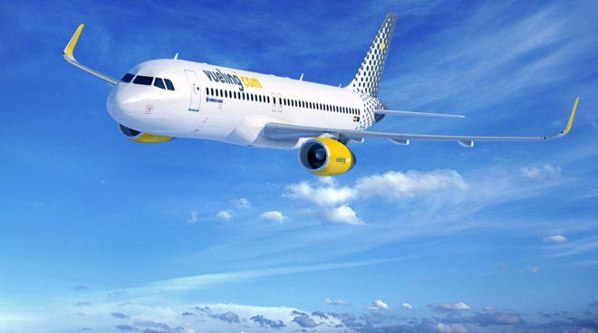 Uno de los aviones Airbus A-320 de la flota de Vueling, compañía...
