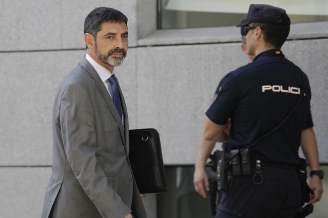 Josep Lluis Trapero, el pasado octubre tras declarar en la Audiencia...