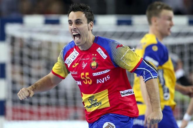Adrián Figueras celebra uno de los goles de España ante Suecia.