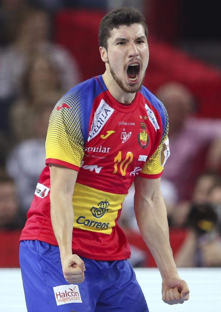 Handball - Men's EHF European Handball Championship - Final - Spain v Sweden - Arena Zagreb, Zagreb, Croatia - January 28, 2018. Alex Dujshebaev of Spain reacts. REUTERS/Marko Djurica