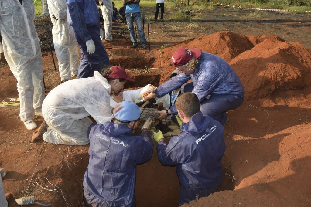 ///NO UTILIZAR SIN PERMISO DE FOTOGRAFIA. FOTOS EXCLUSIVAS PARA INTERNACIONAL. Febrero 2018/// 06.02.17. Un equipo español interviene en la exhumación de fosas comunes en la República Centroafricana
