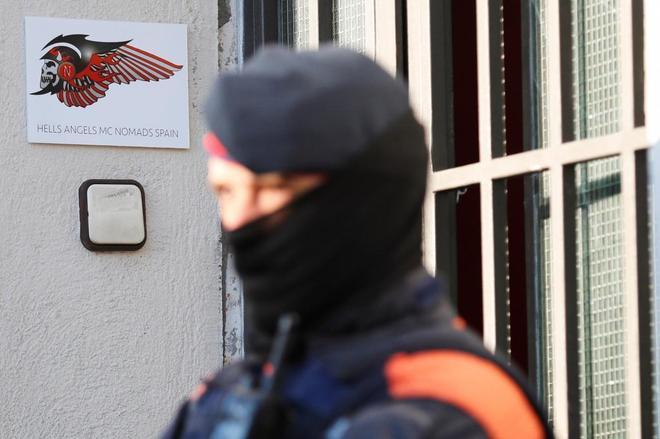Víctima de la dictadura de los Ángeles del Infierno | Cataluña