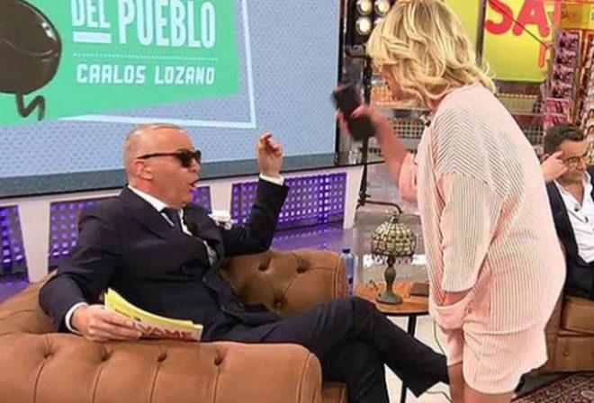 Carlos Lozano durante su enfrentamiento con Mila Ximénez.