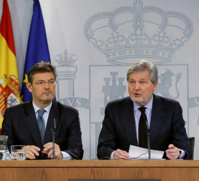 Rafael Catalá e Íñigo Méndez de Vigo, en rueda de prena tras el...