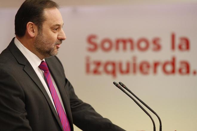 José Luis Ábalos, en rueda de prensa tras la reunión de la...