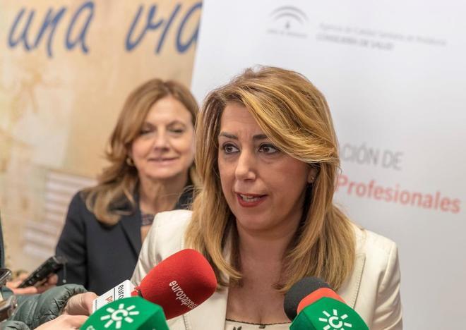 La presidenta de la Junta de Andalucía, Susana Díaz, hace...