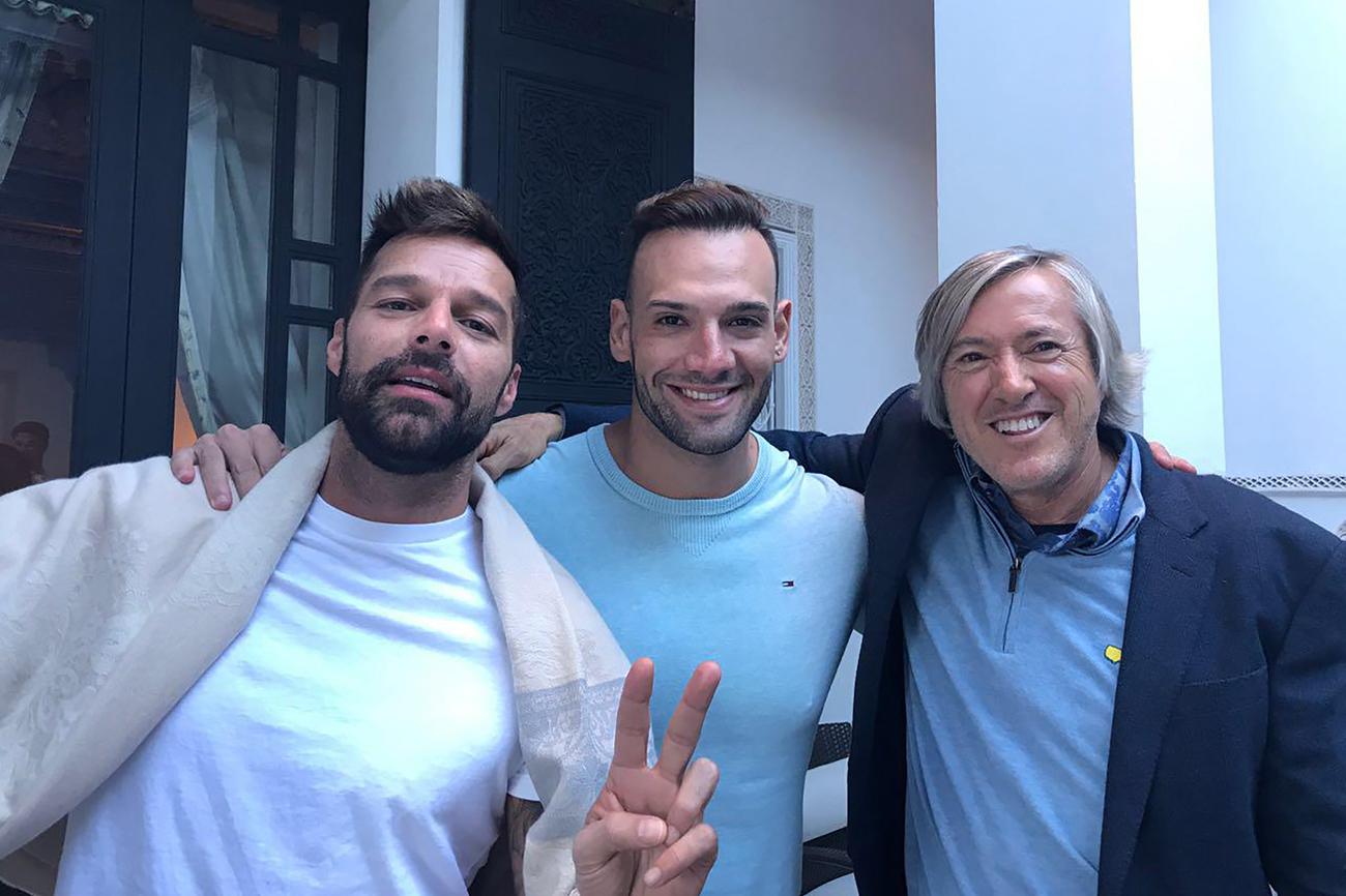 Ricky Martin, el cantante Marko Silva y el homenajeado, Alejandro...
