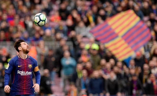 Argentina pide a Messi que juegue menos con el Barcelona pensando en el Mundial
