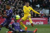 Kylian Mbappé, en un disparo frente al Toulouse.